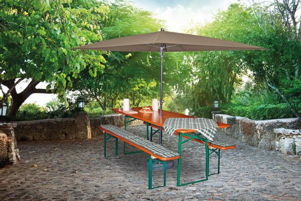 Sonnenschirm für Biergarnituren exklusiv bei ZEOTTEXX Gartenmöbelausstellung in Bolheim