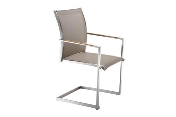 Stuhl cremefarben mit eckiger Lehne