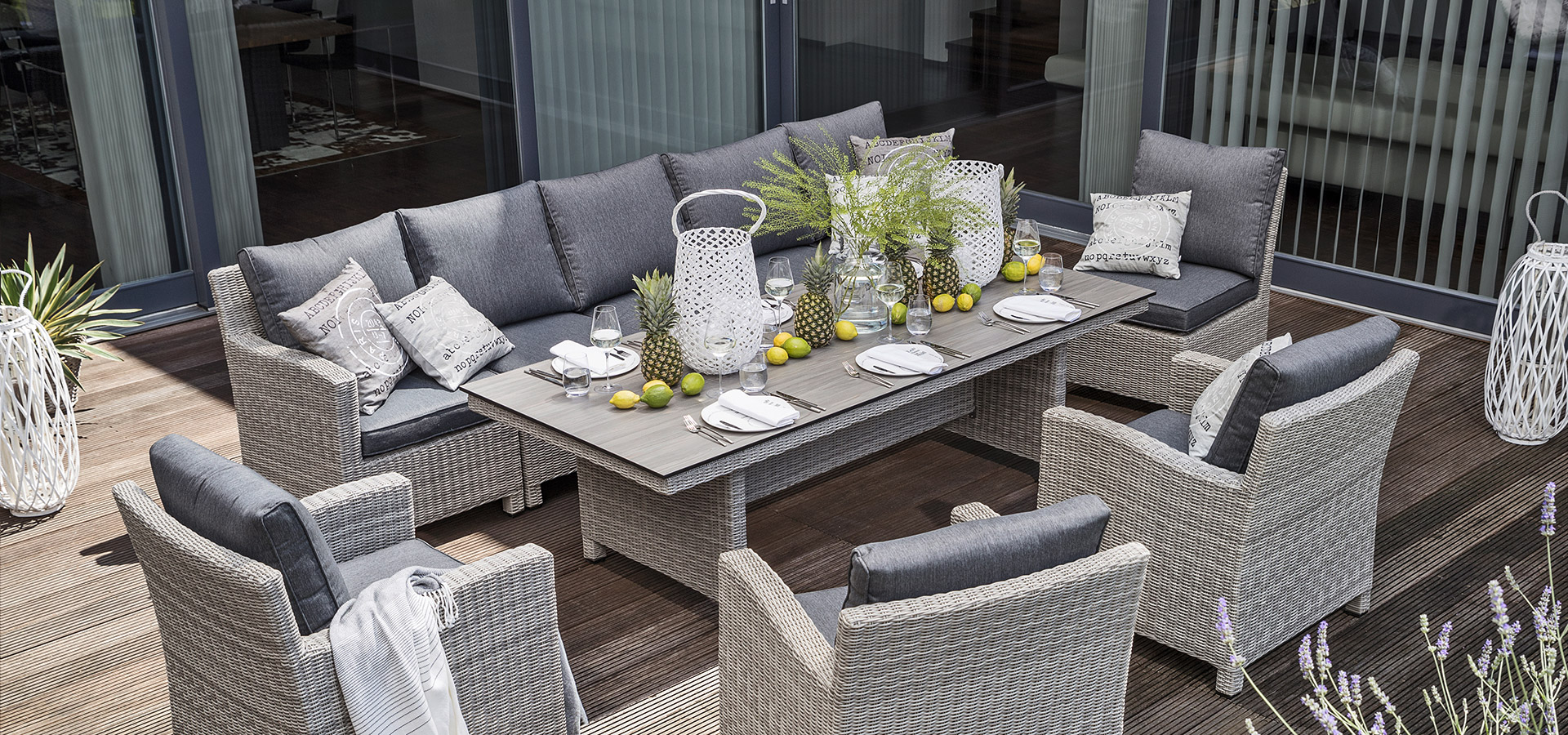 Geflecht Loungemöbel Terrasse