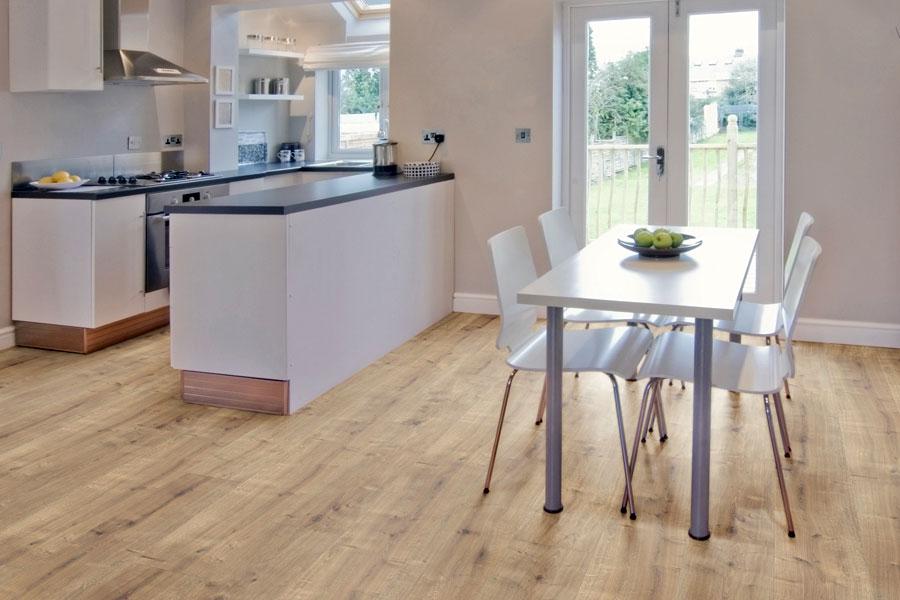 Laminatböden | Fußbodenbeläge zum günstigen Preis bei ZEOTTEXX ...